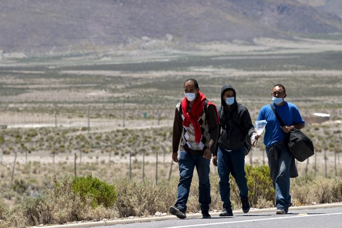 Chile: Venezolanos desesperados por regularizarse ante ley de expulsión