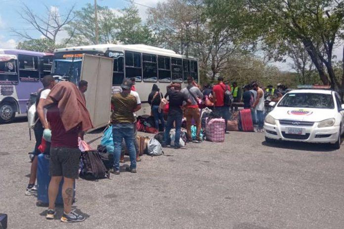 Investigan a una red que se dedicaba al traslado irregular de migrantes venezolanos retornados