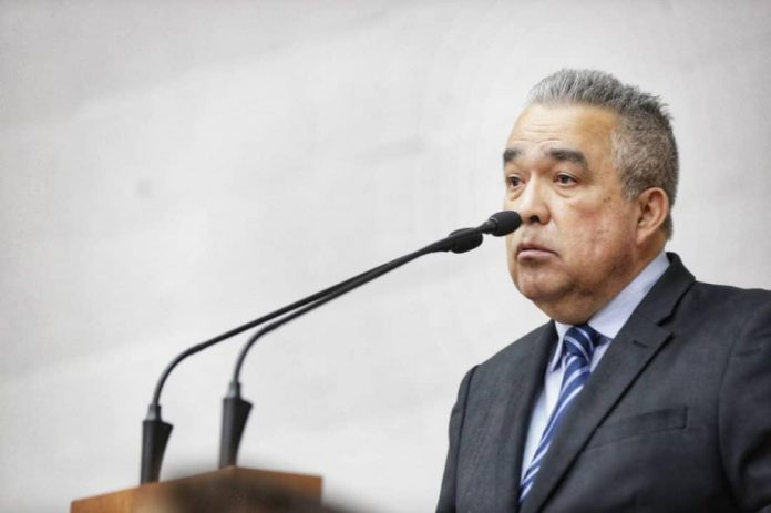 Luis Eduardo Martínez ley antibloqueo