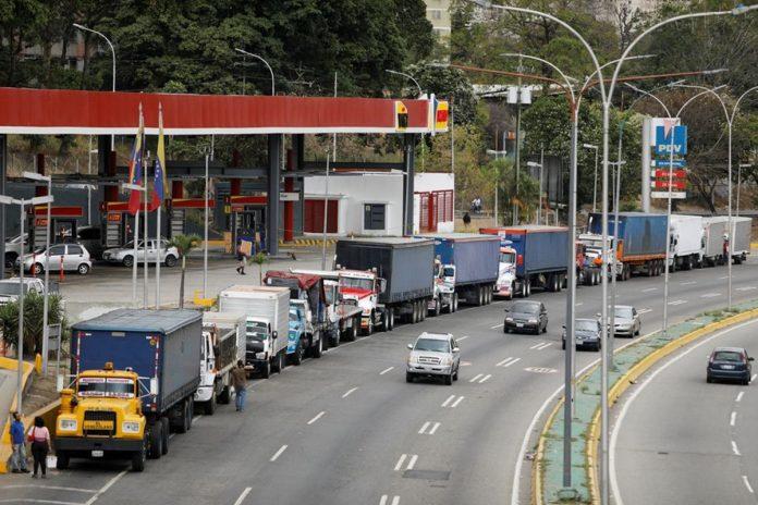 Llegó a Venezuela el primer cargamento de casi 500.000 barriles de diésel en seis meses