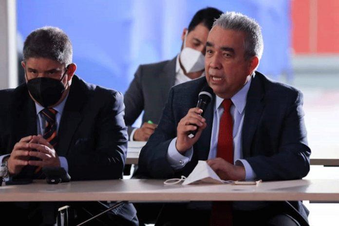 Luis Eduardo Martínez: El mayor daño que podemos hacerle a la negociación es empeñarnos en que sea secreta