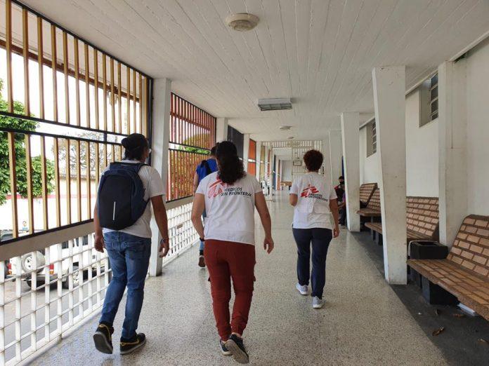 Médicos Sin Fronteras acondiciona áreas especiales para pacientes de covid-19 en Caracas