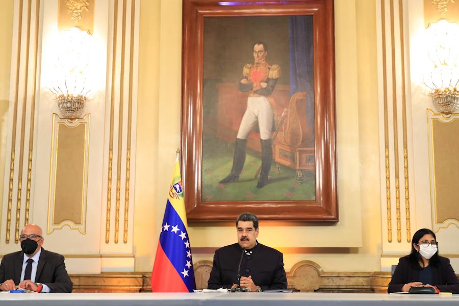 Maduro crea comisión para renovar el sistema judicial presidida por Diosdado Cabello