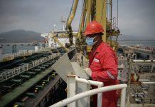 Reuters: Exportaciones petroleras en Venezuela cayeron en mayo por fallas y falta de diluyentes