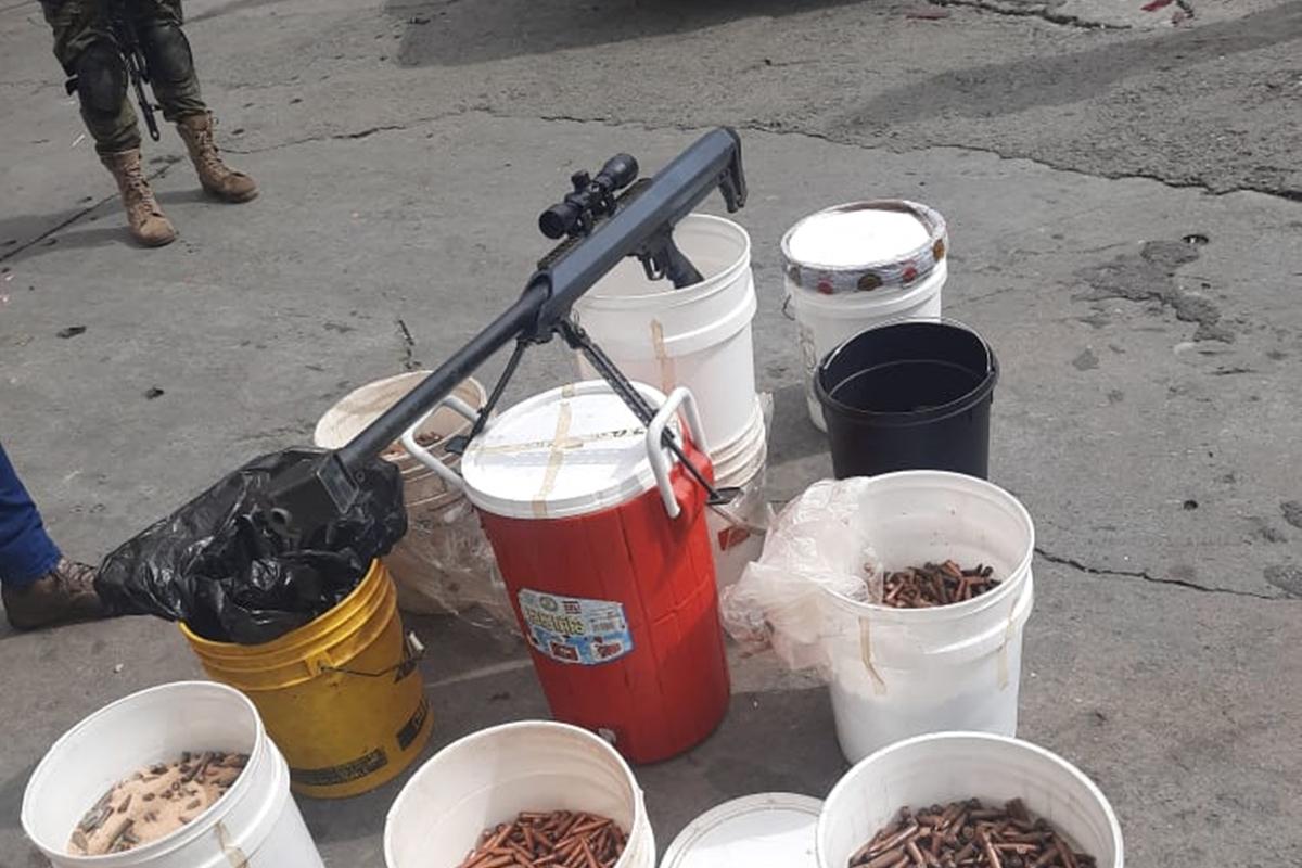 Fusil incautado a la banda del Coqui cuesta alrededor de 4.000 dólares en EE UU