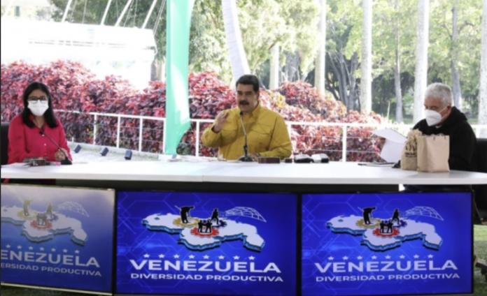 Maduro fedecámaras carta