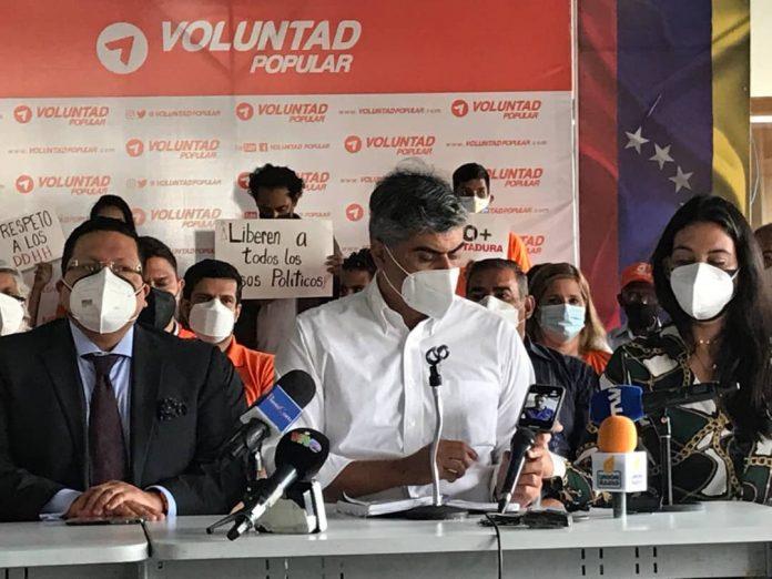 """Emilio Graterón tras asilarse en embajada de Chile: """"Mi vida a poner a la gente de acuerdo en paz"""""""
