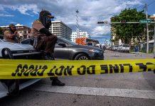 Evacúan por grietas, El Nacional