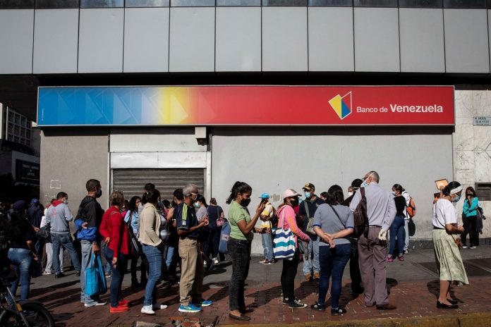 BCV ajustó los costos de las comisiones en todas las operaciones bancarias