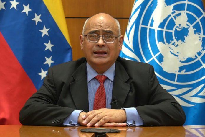 """Ministro de Salud del régimen exigió el levantamiento """"completo e inmediato"""" de las sanciones"""