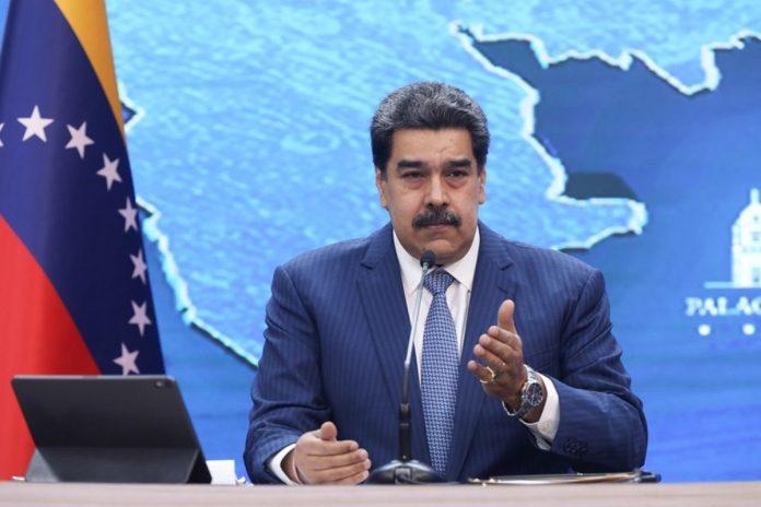 """diálogo Nicolás Maduro: """"Haremos todo lo posible para que la oposición no patee la mesa de negociación"""""""
