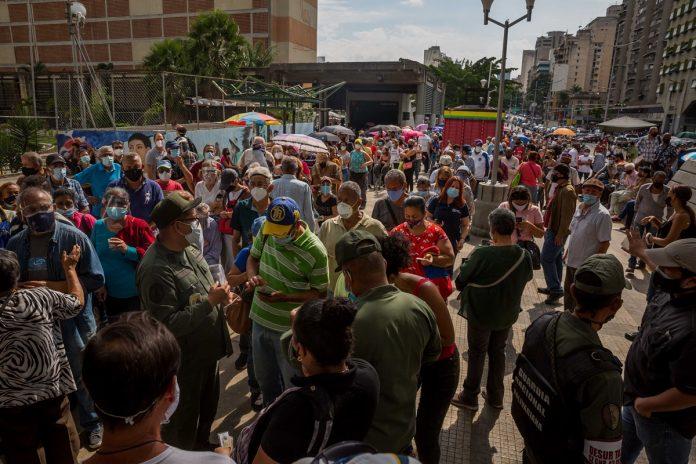 Acnudh expresó preocupación por la insuficiencia de vacunas en Venezuela IVIC aseguró que en Venezuela circula en abundancia la variante Mu - Venezuela registró 1.074 nuevos contagios de covid-19