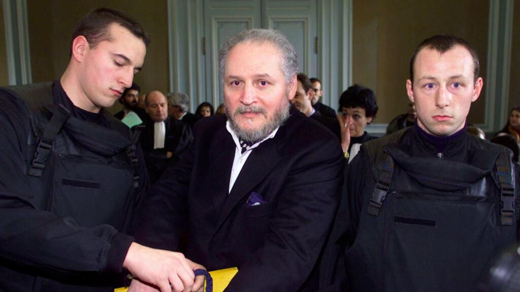 """Justicia francesa condena a cadena perpetua a Carlos """"El Chacal"""" por  atentado de 1974"""