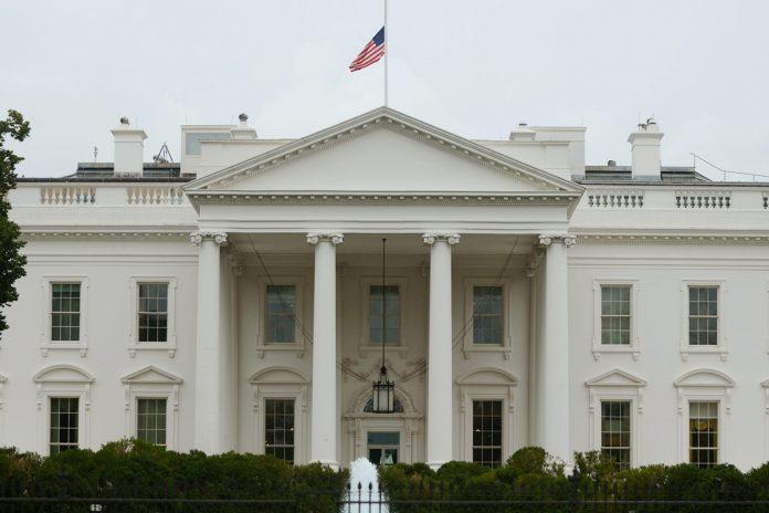 Oposición venezolana se debilita en la negociación ante el poco interés de EE UU, Casa Blanca