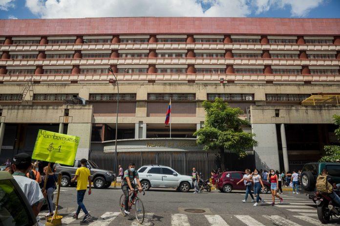 Reforma no garantiza que civiles no sean juzgados ante los tribunales militares